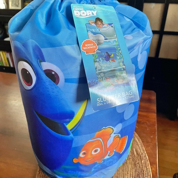 NWT Finding Dory themed sleeping bag for kids